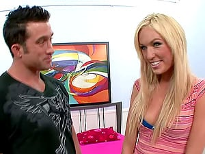 Reality pornography dame gladly goes back to his place for fine hump