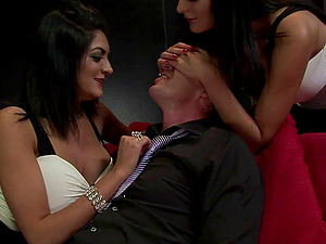 Brown-haired twins take turns railing a hard-on in an epic threesome