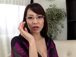 Japanese solo mom masturbating with a faux-cock and making herself jizz