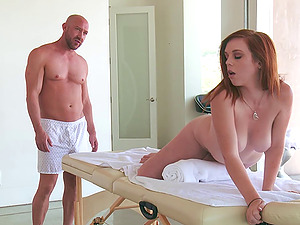 The rubdown dude at the resort fumbles her down and fucks her