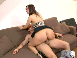 Lusty lady on leopard print climbs on his boner and rails
