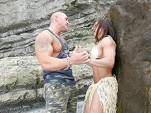 Very muscular duo has hard-core fucky-fucky on rocks at the beach
