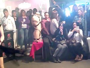 Mistress Noor tortura a Chulapopichi SEM 2015