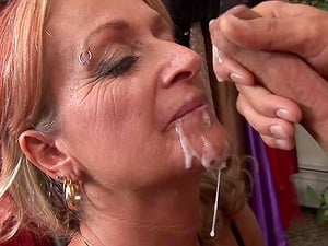 Old Lady Joanna Depp Fucks Youthful Beau In Dressing Room