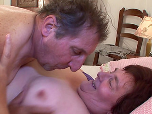 Kinky old duo luvs fucktoy have fun and xxx fucking