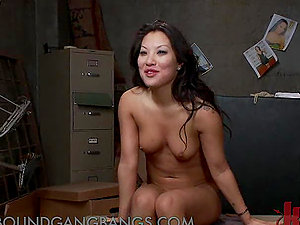Asa Akira Gets Dual Penetrated and Spunk Bathed in Gang-bang