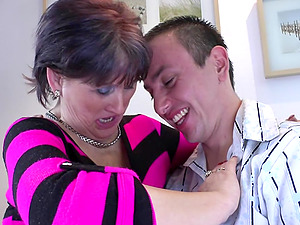 Eating out mature asshole and fucking her pretty vulva