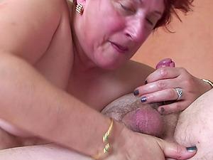 Fat mature chick masturbates her beaver and bj's the boy's schlong