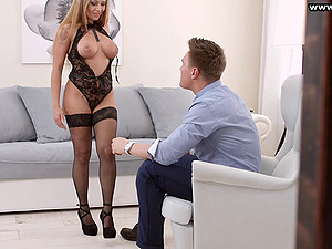 Gorgeous Katarina Muti is a class chick who wants to have anal invasion hump