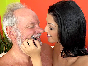 Vivien is fairly glad to have a fine time with the mature stud's penis