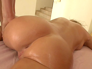 Charming blonde Shawna Lenee gets pulverized by two studs after a rubdown
