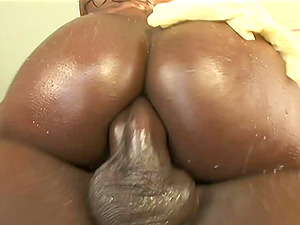 Black booty is lubricious and moist for a good caboose fucking