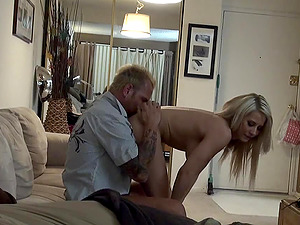 Big-titted blonde chick Madison Ivy rails the man sausage like a pro
