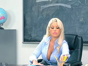 Sexiest lecturer in the entire school getting pulverized on the table