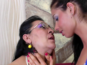 Tempting shoot of matured granny lesbo having her labia tongued