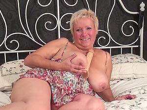 Curvy matured blonde BBW blonde loves gobbling massive fucktoy