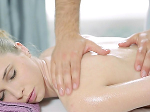 Providing her the erected dick right after the sensuous rubdown session