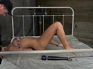 Magnificent Berreta James is tied up and tantalized in the good old way