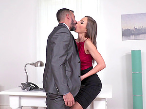Sexy lady tempts a fortunate hunk during a job interview