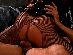 Mika Suntan in fishnet pantyhose loves railing big dick