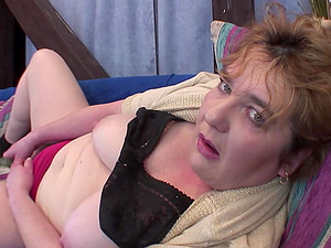Marevka takse off her clothes and masturbates with a fucktoy