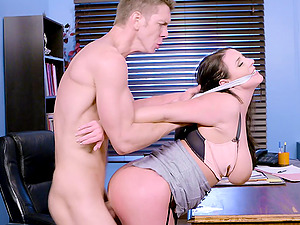 Angela Milky spreads her gams for a superb office shag