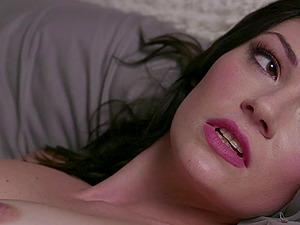 Jessica Rex receives a boner heterosexual in her shaven vagina