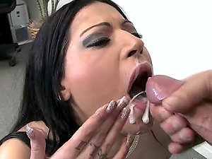 Daisy Cruz the trampy dark-haired gets her mouth fucked