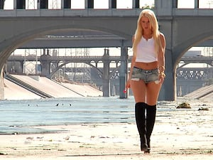 Anikka Albrite is a hot blonde in need of a pulsating implement