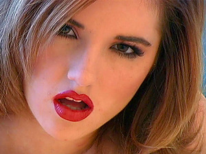 Cutie with red lipstick gets frisky with her pulsating vagina