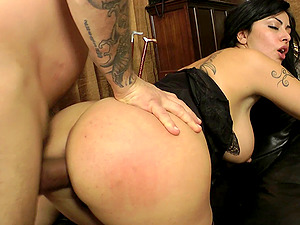 Hardcore asshole draining with a black-haired honey Asia Morante