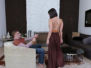 Kinky shagging affair with brilliant brunette Violet Starr