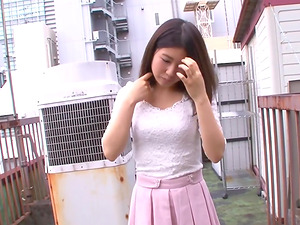 Nana Hasegawa enjoys making her partners' cocks erected