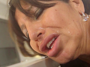 Mature maid Tara Holiday cannot wait to make BBC sitff