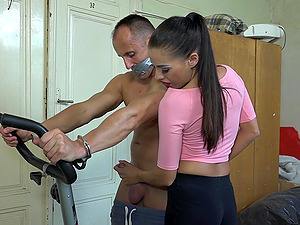 Skillful Eveline Dellai gives a handjob to a kinky fellow