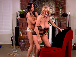 Kelly Madison enjoys a hot fuck with a stunning brunette