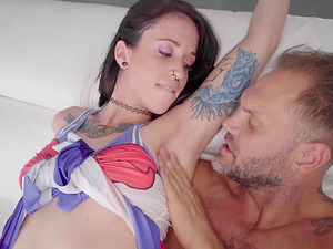 Dick craving Lilyan enjoys a fellow's erected boner