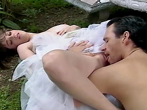 Hot chick in antique sundress gets fucked in the garden
