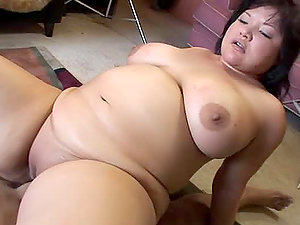 Kelly Shibari the fat honey getting fucked on the floor