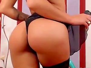 Sexy hot Oriental babe live webcam tease