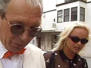 Silvia Saint the sex-positive blonde honey gets her butt drilled