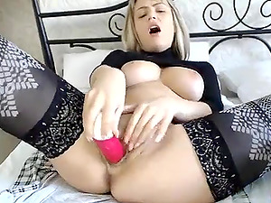 Busty Blonde Teen Masturbating On Live Cam