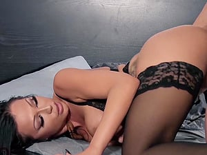 Hot Mom Porn Videos @ PORN+