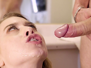 Nothing can please Jill Kassidy like getting her tight cunt fucked