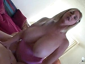A Hard Fuck With A Kinky Mommy With Big Natural Tits
