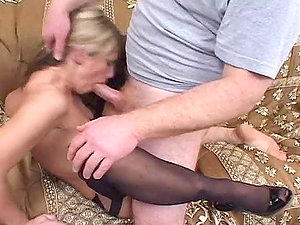 Intense Fuck-a-thon With A Kinky Mommy Completes Up In A Internal cumshot