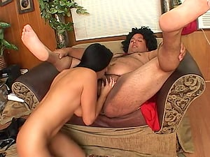 Irresistible Veronica Rayne can't refuse sucking a dick