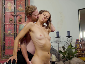 Persian porn with a delicious naked honey showing her skills