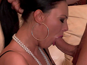 Nothing makes Mela and her friend happy like fucking together