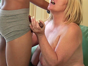Horny cougar talked a black guy into drilling her wet pussy